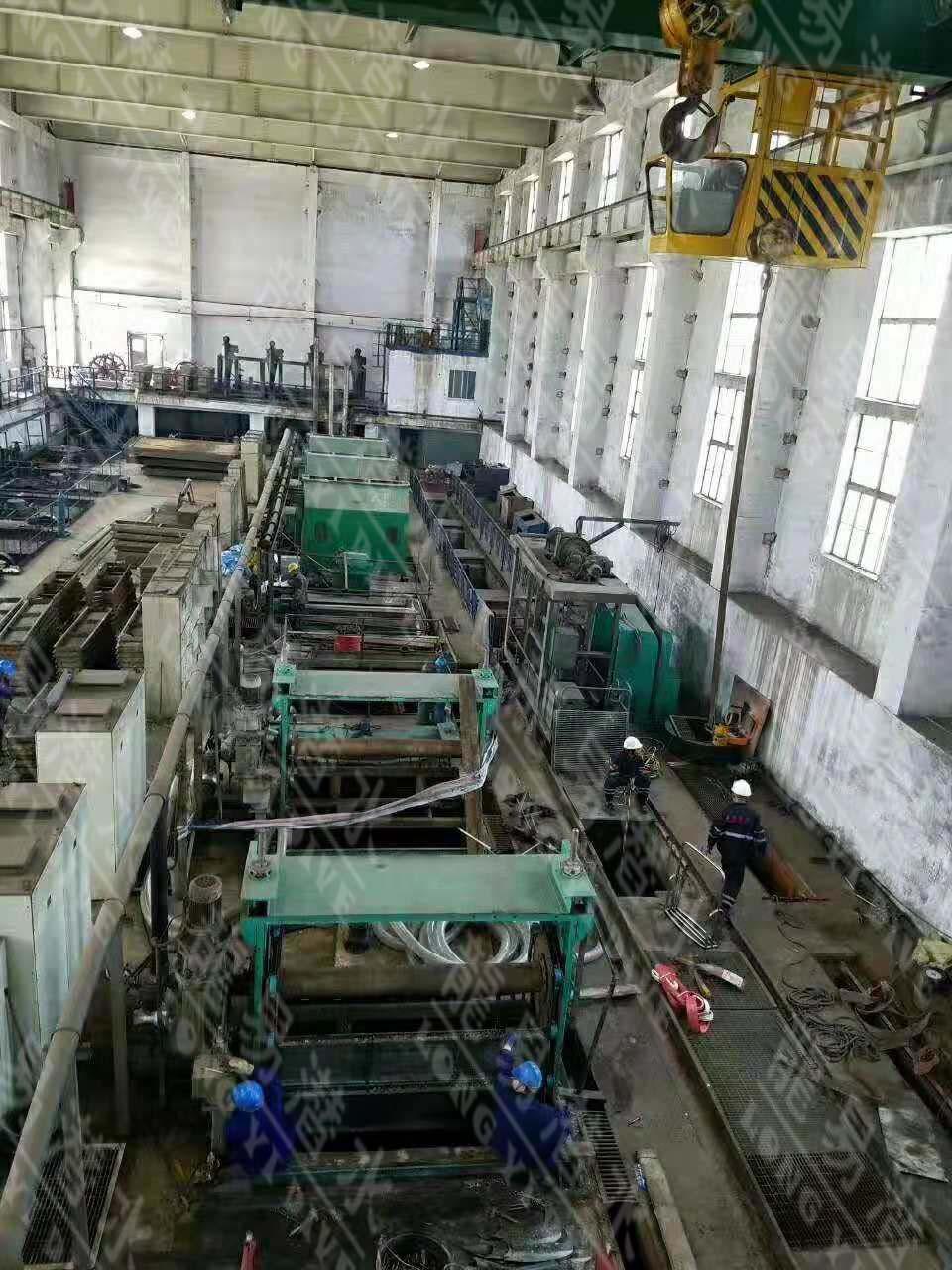 华能营口电厂一期泵房清淤下放闸门